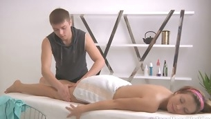 Powered massage therapist makes unqualified a phat aggravation is oiled up